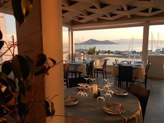 Anda Jaleo, antiguo restaurante de Pedro Avilés en la isla de Naxos